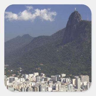 Corcovado que pasa por alto Río de Janeiro, el Colcomanias Cuadradas Personalizadas