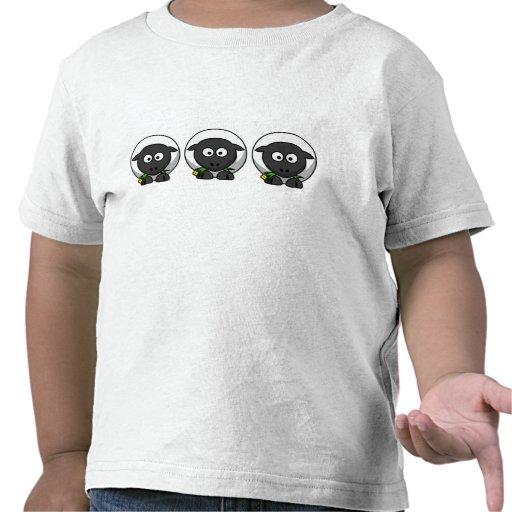 Cordero lindo del dibujo animado camiseta
