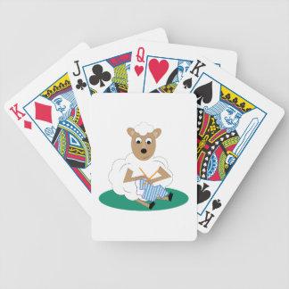 Cordero que hace punto cartas de juego