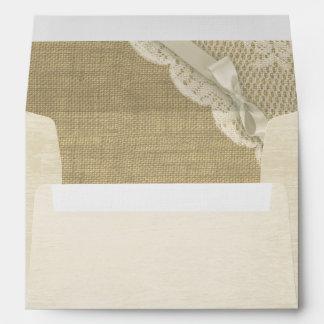 Cordón antiguo y arpillera blancos impresos