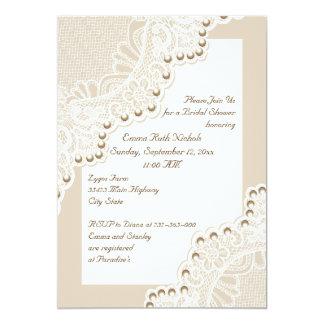 Cordón blanco con las perlas que casan la ducha invitación 12,7 x 17,8 cm