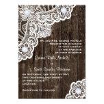 Cordón blanco del vintage en el viejo boda de invitación