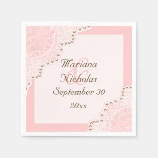 Cordón blanco elegante con el boda rosado de las servilletas desechables