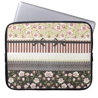 Cordón blanco femenino elegante y rosas rosados funda portátil