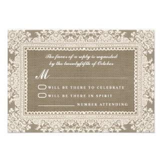 Cordón blanco y arpillera que casan las tarjetas d anuncios