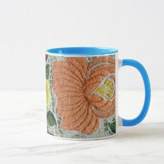 Cordón con motivos florales taza