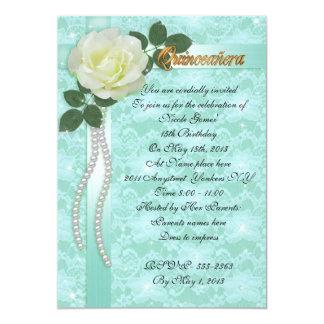 Cordón de la invitación de Quinceanera y rosa