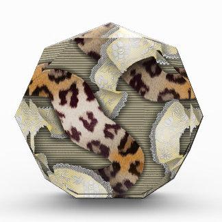 Cordón de n de los leopardos '- marfil