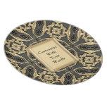 Cordón formal del oro platos