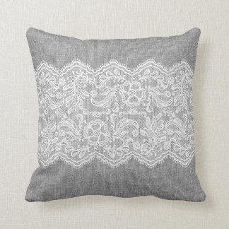 Cordón gris del blanco del lino y del vintage cojín decorativo