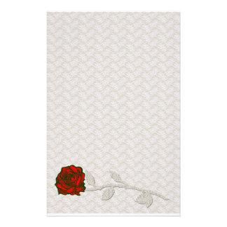 Cordón romántico e inmóvil subió papelería