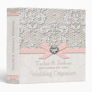 Cordón rosado y perlas del vintage que casan al or