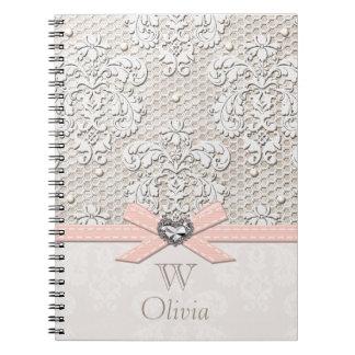 Cordón y perlas rosados cones monograma del vintag note book