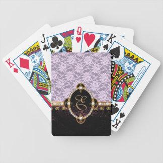 Cordones y cuero violetas del monograma baraja de cartas bicycle