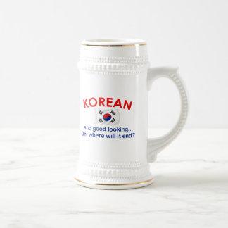Coreano apuesto taza de café