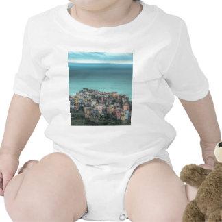 Corniglia en los acantilados, Cinque Terre Italia Trajes De Bebé