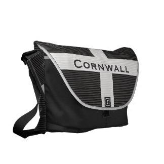 Cornwall Flag Blinds Textured Messenger Messenger Bag