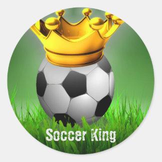 Corona de la bola del rey fútbol del fútbol pegatina redonda