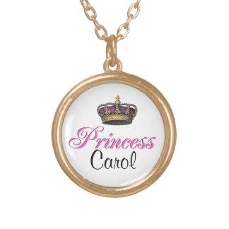 Corona de la princesa en rosas fuertes grímpola