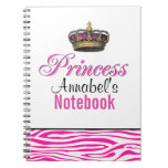 Corona de la princesa en rosas fuertes libros de apuntes con espiral