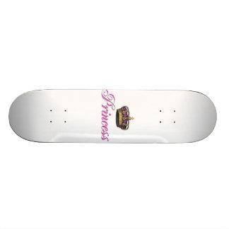 Corona de la princesa en rosas fuertes tabla de skate