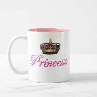 Corona de la princesa en rosas fuertes tazas de café