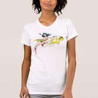 Corona de WomanThrows de la maravilla Tee Shirt