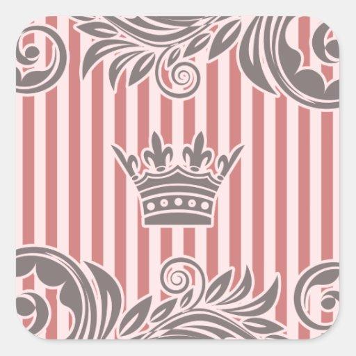 Corona gris rosada y modelo rayado pegatina cuadrada