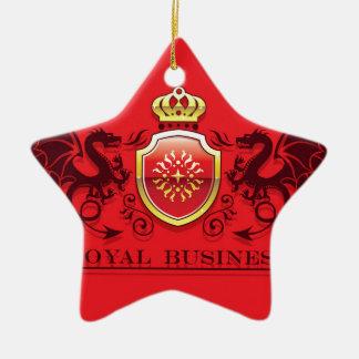 Corona y escudo de oro del escudo de armas con los adorno navideño de cerámica en forma de estrella