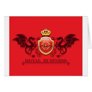 Corona y escudo de oro del escudo de armas con los tarjeta de felicitación