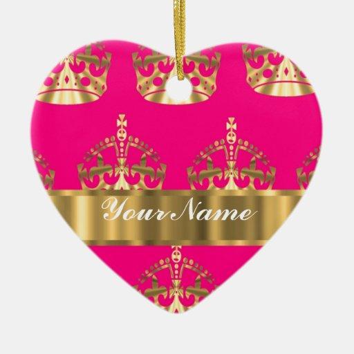 Coronas del oro en rosas fuertes adorno de cerámica en forma de corazón