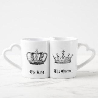 Coronas personalizadas vintage del rey y de la taza para enamorados