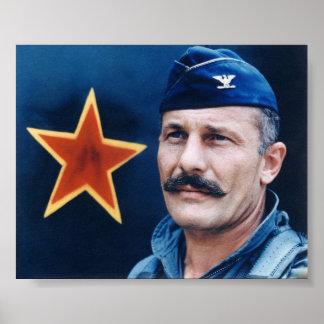 Coronel Robin Olds Póster
