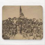 Coronel Roosevelt y su Rough Riders Tapete De Ratones