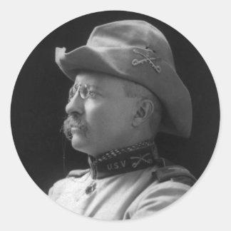 Coronel Theodore Roosevelt a partir de 1898 Pegatina Redonda