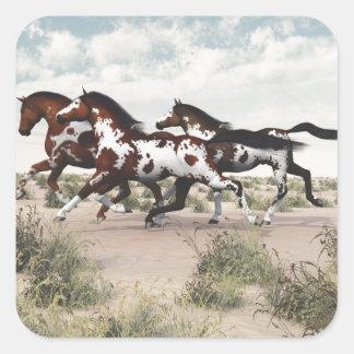 Corra como el viento - caballos galopantes de la pegatina cuadrada