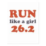 Corra como un chica 26,2 tarjeta postal