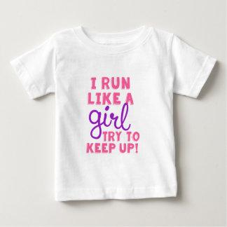 Corra como un chica playera de bebé
