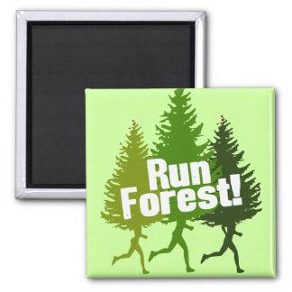 Corra el bosque, proteja el Día de la Tierra Imán Cuadrado