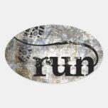 Corra el Grunge de w/Shoe por la joyería y los dis Calcomanías De Óvales Personalizadas