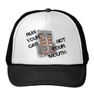 Corra la boca del coche no gorras