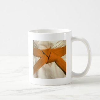 Correa anaranjada taza básica blanca