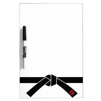 Correa negra, 黒帯 de los artes marciales, 武道 pizarra