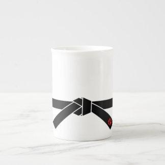 Correa negra, 黒帯 de los artes marciales, 武道 taza de porcelana