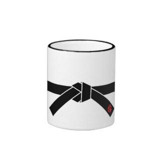 Correa negra, 黒帯 de los artes marciales, 武道 taza de dos colores