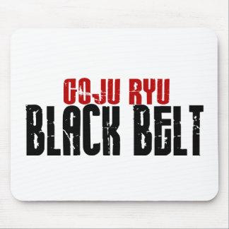 Correa negra de Goju Ryu Alfombrillas De Ratón