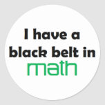 Correa negra de la matemáticas etiquetas redondas