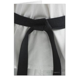 Correa negra del karate tarjeta de felicitación