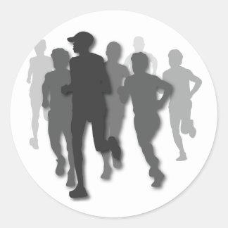 corredor de maratón pegatina redonda