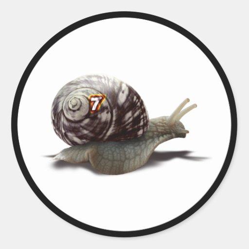 Corredor del caracol - #7 afortunado pegatina redonda